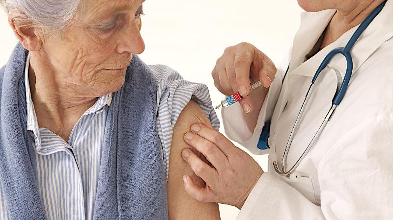 La Caja de Jubilaciones municipal continúa garantizando la vacuna antigripal